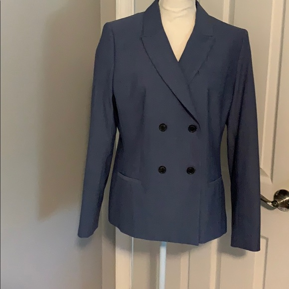 Banana Republic Jackets & Blazers - BR suit jacket